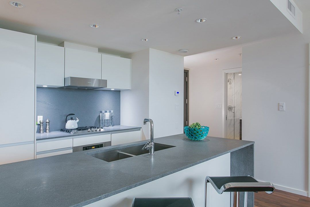 """Photo 2: Photos: 1106 8588 CORNISH Street in Vancouver: S.W. Marine Condo for sale in """"Granville at 70th"""" (Vancouver West)  : MLS®# R2028508"""
