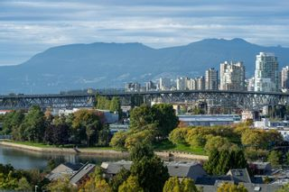 Photo 4: 1135 W 7TH Avenue in Vancouver: Fairview VW Townhouse for sale (Vancouver West)  : MLS®# R2625169