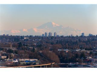 """Photo 2: 2601 1088 QUEBEC Street in Vancouver: Mount Pleasant VE Condo for sale in """"THE VICEROY"""" (Vancouver East)  : MLS®# V985091"""