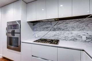 """Photo 5: 311 7428 ALBERTA Street in Vancouver: Mount Pleasant VW Condo for sale in """"Belpark"""" (Vancouver West)  : MLS®# R2568068"""