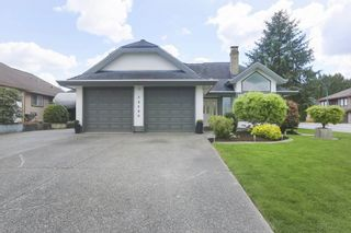 Photo 2: 20460 124A AVENUE in Maple Ridge: Northwest Maple Ridge House for sale : MLS®# R2363129