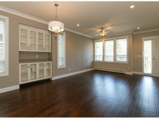Photo 2: 3161 JERVIS ST in Port Coquitlam: Woodland Acres PQ House for sale : MLS®# V1043838