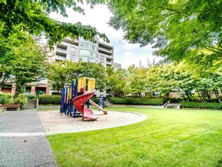 Photo 12: 502 3055 Cambie Street in Vancouver: Fairview VW Condo for sale (Vancouver West)  : MLS®# R2406500