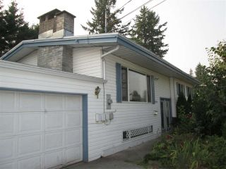 Photo 2: 2355 BROADWAY Street in Abbotsford: Abbotsford West House for sale : MLS®# R2196349