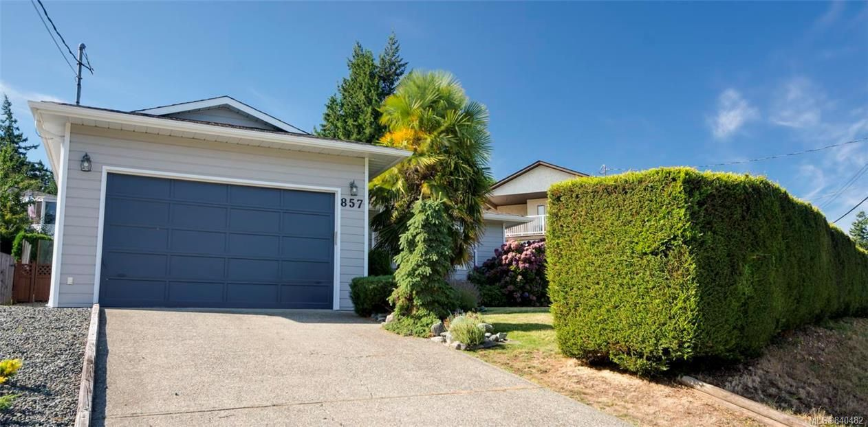 Main Photo: 857 Cecil Blogg Dr in Colwood: Co Triangle House for sale : MLS®# 840482