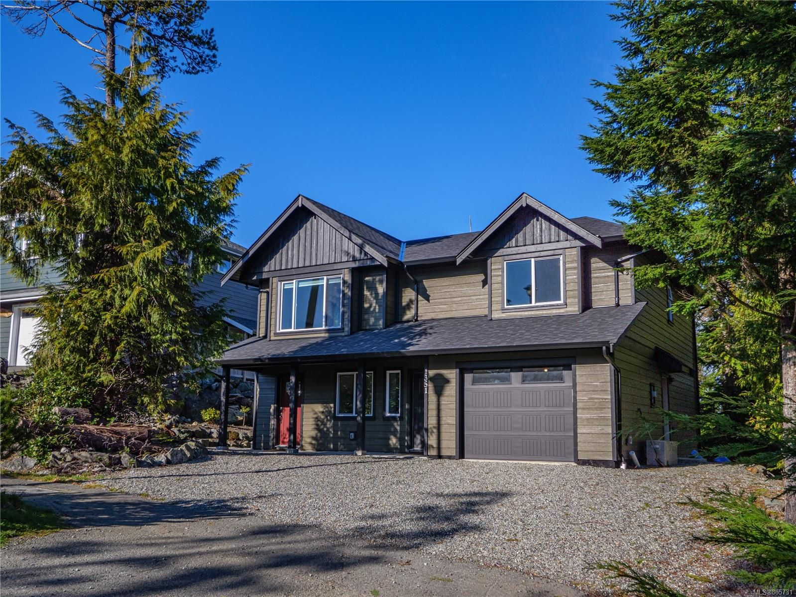 Main Photo: 1351 Edwards Pl in : PA Ucluelet House for sale (Port Alberni)  : MLS®# 865731