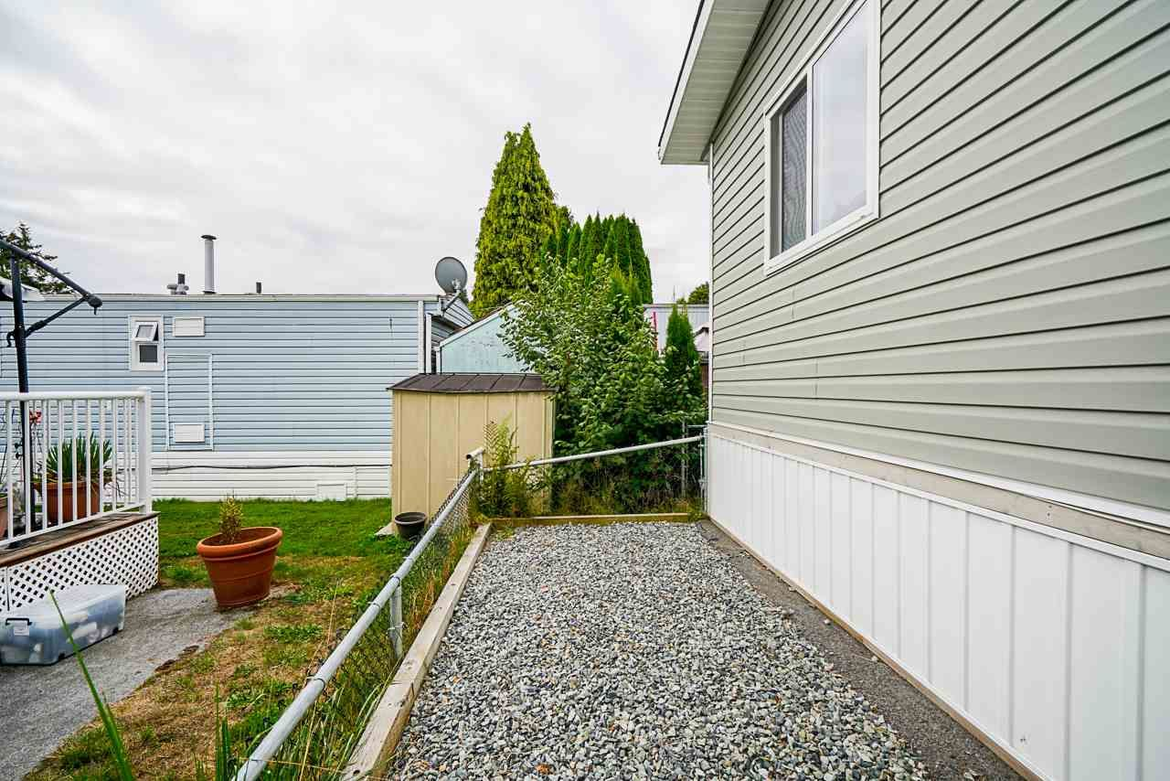"""Photo 20: Photos: 49 7790 KING GEORGE Boulevard in Surrey: East Newton Manufactured Home for sale in """"CRISPEN BAYS"""" : MLS®# R2493696"""