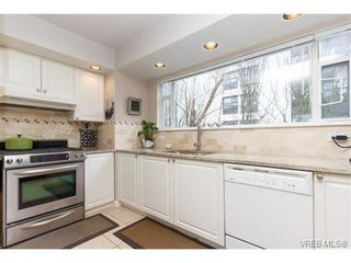 Photo 7: 8 356 Simcoe St in VICTORIA: Vi James Bay Row/Townhouse for sale (Victoria)  : MLS®# 753286