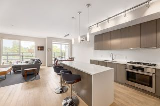 """Photo 4: PH3 5555 DUNBAR Street in Vancouver: Dunbar Condo for sale in """"Fifty-Five 55 Dunbar"""" (Vancouver West)  : MLS®# R2516441"""