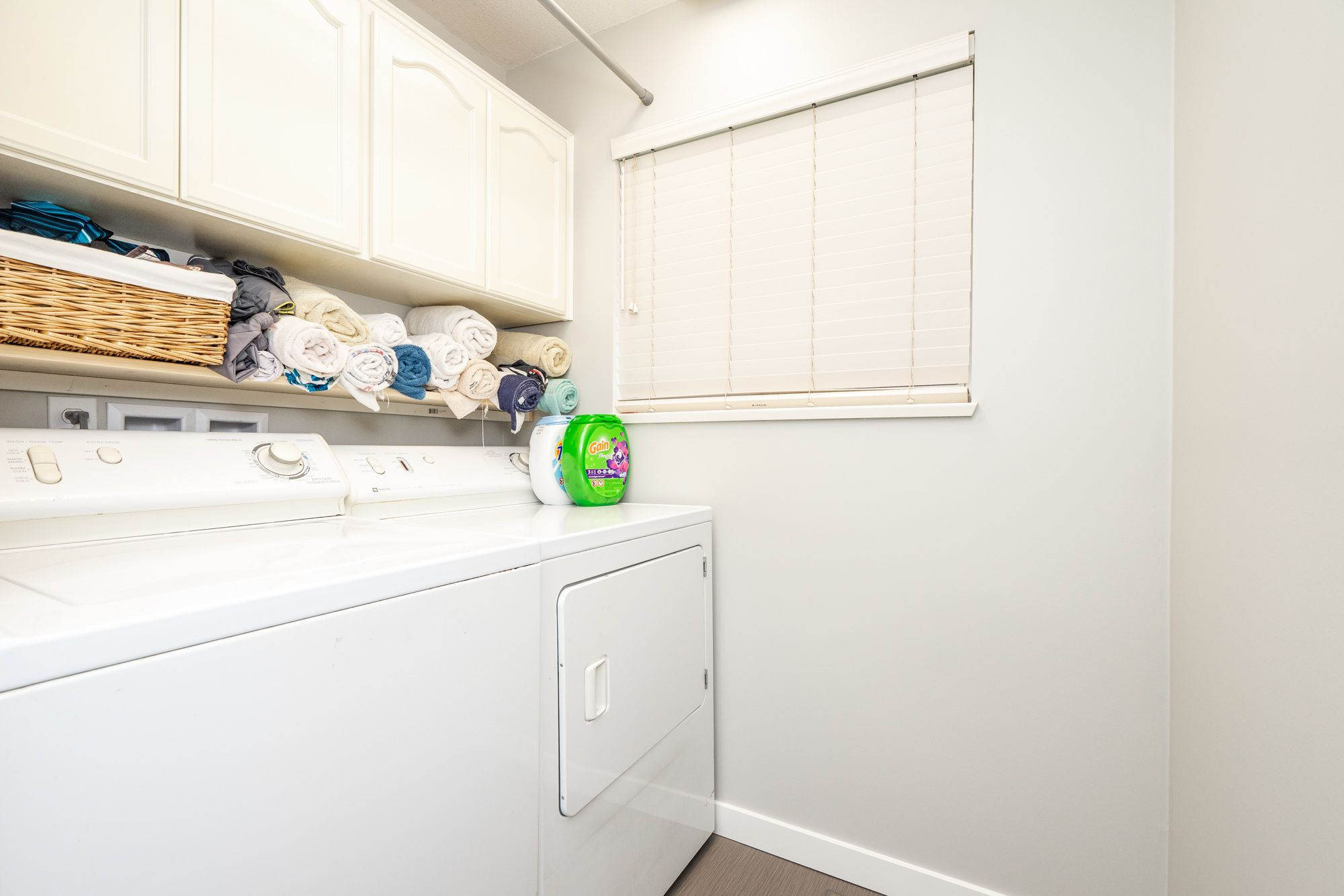 """Photo 27: Photos: 8448 213 Street in Langley: Walnut Grove House for sale in """"Forest Hills"""" : MLS®# R2259409"""