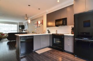 """Photo 8: 120 19505 68A Avenue in Surrey: Clayton Townhouse for sale in """"CLAYTON RISE"""" (Cloverdale)  : MLS®# R2014295"""