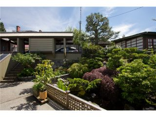 Photo 14: 280 N HYTHE AV in Burnaby: Capitol Hill BN House for sale (Burnaby North)  : MLS®# V1016342