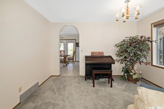 Photo 4: 226 Egnatoff Crescent in Saskatoon: Silverwood Heights Residential for sale : MLS®# SK861412