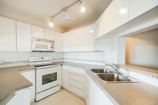 Photo 5: 309 8450 JELLICOE Street in Vancouver: South Marine Condo for sale (Vancouver East)  : MLS®# R2399703