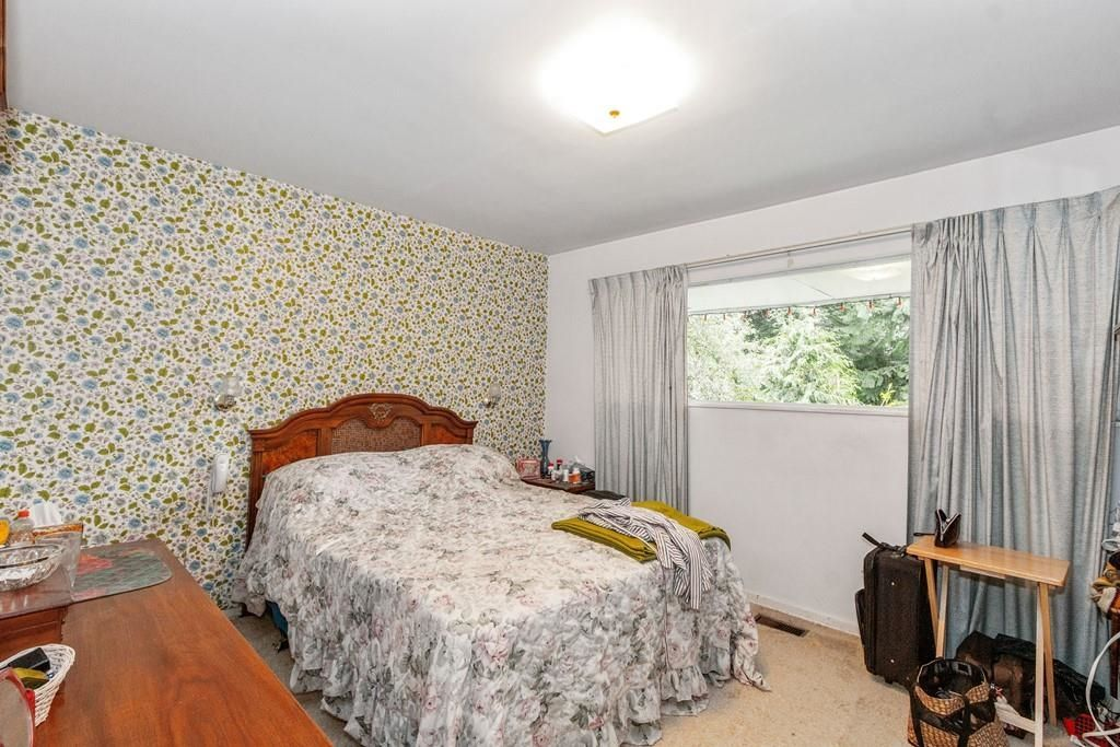 Photo 10: Photos: 1038 MARIGOLD Avenue in North Vancouver: Canyon Heights NV House for sale : MLS®# R2577593