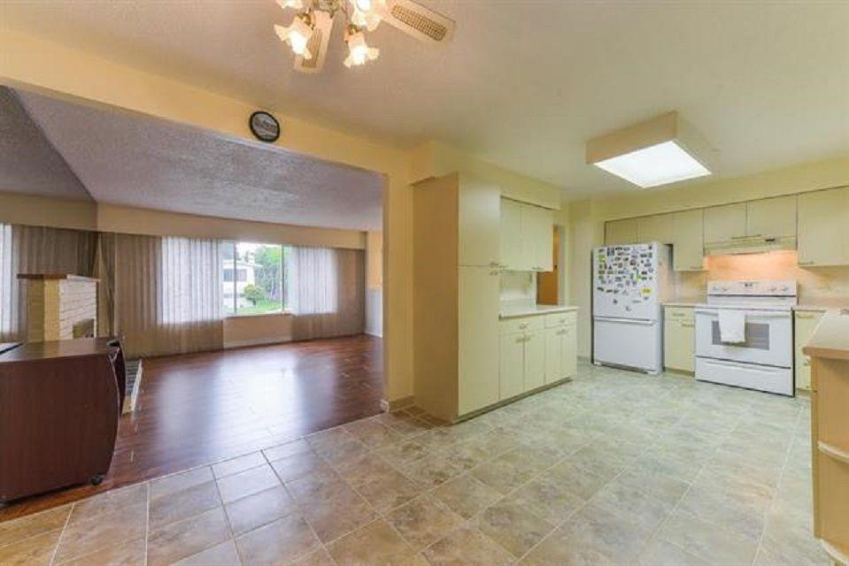 Photo 8: Photos: 9990 125 Street in Surrey: Cedar Hills House for sale (North Surrey)  : MLS®# R2395514