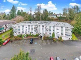 """Photo 2: 309 2535 HILL-TOUT Street in Abbotsford: Abbotsford West Condo for sale in """"Woodridge Estates"""" : MLS®# R2560963"""