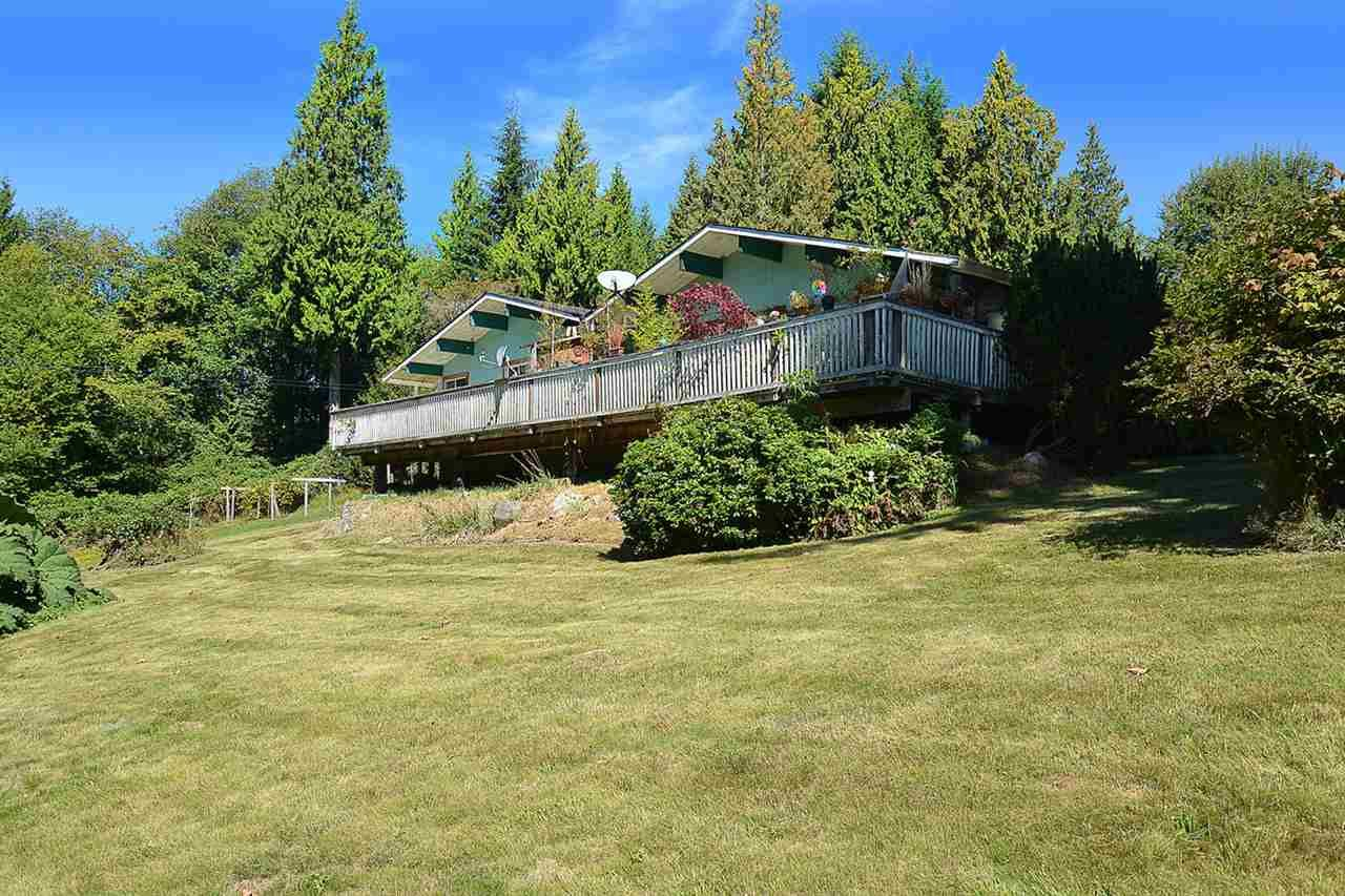 Photo 3: Photos: 1881 GRANDVIEW Road in Gibsons: Gibsons & Area House for sale (Sunshine Coast)  : MLS®# R2101665