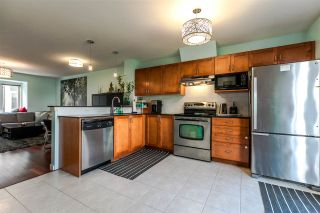 """Photo 5: 11 6498 ELGIN Avenue in Burnaby: Forest Glen BS Townhouse for sale in """"DEER LAKE HEIGHTS"""" (Burnaby South)  : MLS®# R2179728"""