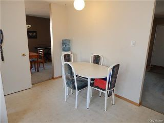 Photo 6: 59 Montclair Bay in Winnipeg: Fort Garry / Whyte Ridge / St Norbert Residential for sale (South Winnipeg)  : MLS®# 1614066