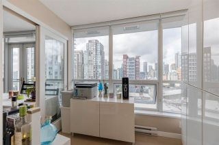"""Photo 12: 1206 833 SEYMOUR Street in Vancouver: Downtown VW Condo for sale in """"CAPITOL"""" (Vancouver West)  : MLS®# R2585861"""