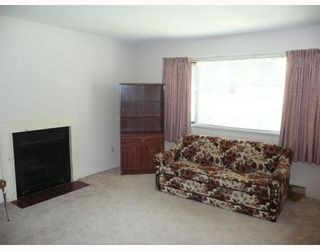"""Photo 4: 11502 KINGCOME Avenue in Richmond: Ironwood Townhouse for sale in """"KINGSWOOD DOWNS"""" : MLS®# V774940"""