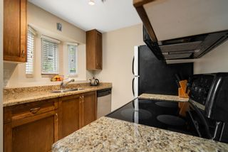 """Photo 6: 3 2282 W 7TH Avenue in Vancouver: Kitsilano Condo for sale in """"THE TUSCANY"""" (Vancouver West)  : MLS®# R2625384"""