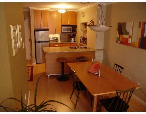 """Photo 6: Photos: 707 950 DRAKE Street in Vancouver: Downtown VW Condo for sale in """"ANCHOR POINT"""" (Vancouver West)  : MLS®# V748678"""