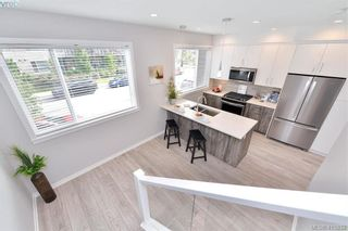 Photo 21: 105 694 Hoylake Ave in VICTORIA: La Thetis Heights Row/Townhouse for sale (Langford)  : MLS®# 824850