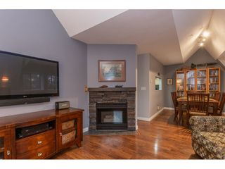 """Photo 10: 212 19241 FORD Road in Pitt Meadows: Central Meadows Condo for sale in """"Village Green"""" : MLS®# R2325248"""