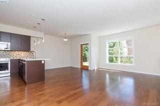 Photo 4: 22 4009 Cedar Hill Rd in VICTORIA: SE Gordon Head Row/Townhouse for sale (Saanich East)  : MLS®# 768260