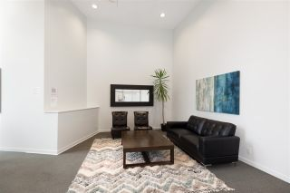 "Photo 4: 706 1199 SEYMOUR Street in Vancouver: Downtown VW Condo for sale in ""BRAVA"" (Vancouver West)  : MLS®# R2531853"