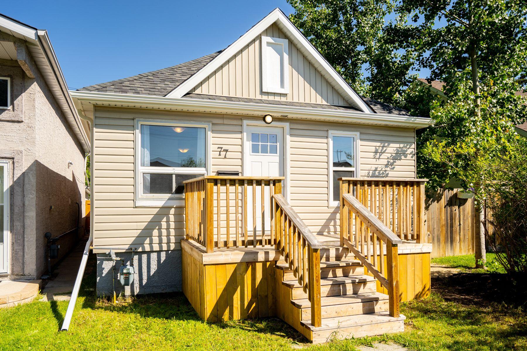 Main Photo: 77 Harrowby Avenue in Winnipeg: St Vital House for sale (2D)  : MLS®# 202014404