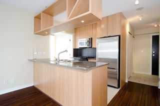 """Photo 10: 903 1001 RICHARDS Street in Vancouver: Downtown VW Condo for sale in """"MIRO"""" (Vancouver West)  : MLS®# V947357"""