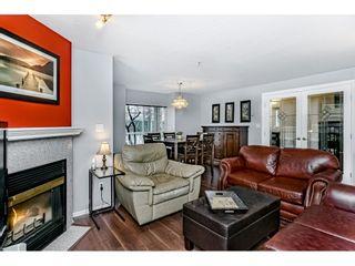 "Photo 8: 55 8892 208 Street in Langley: Walnut Grove Townhouse for sale in ""Hunters Run"" : MLS®# R2435766"
