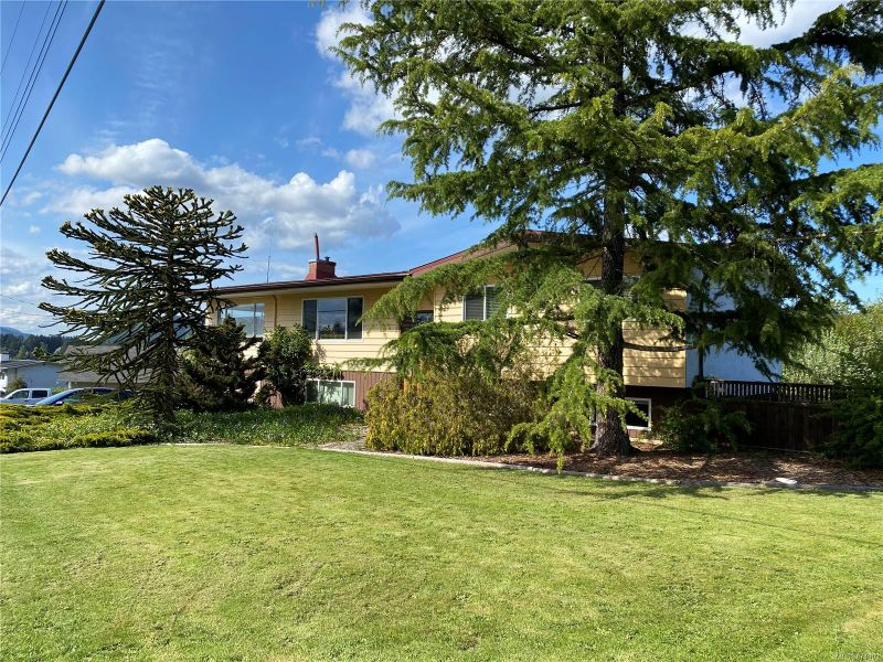 FEATURED LISTING: 6293 Westlock Rd