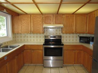 Photo 7: 9537 110A Avenue in Edmonton: Zone 13 House for sale : MLS®# E4259275