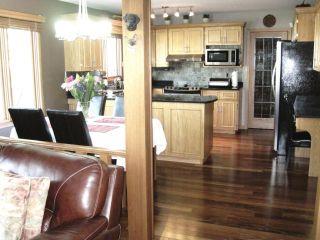 Photo 11: 144 KIRKBRIDGE Drive in WINNIPEG: Fort Garry / Whyte Ridge / St Norbert Residential for sale (South Winnipeg)  : MLS®# 1016371