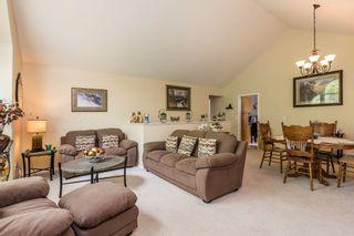 Photo 3: 23614 116 Avenue in Maple Ridge: Cottonwood MR House for sale : MLS®# R2177770
