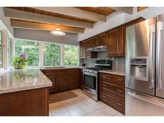 """Photo 8: 1645 KING Crescent in Abbotsford: Poplar House for sale in """"University District"""" : MLS®# R2407336"""