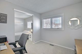 Photo 5: 2735 41A Avenue SE in Calgary: Dover Detached for sale : MLS®# A1082554