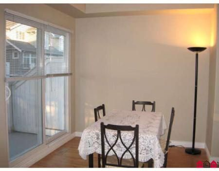 Photo 5: Photos: # 4 20449 66TH AV in Langley: Condo for sale (Willoughby Heights)  : MLS®# F2730559