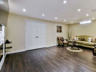 Photo 16: 2461 Felhaber Cres in Oakville: Iroquois Ridge North Freehold for sale : MLS®# W4071981