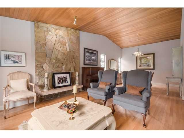 """Photo 3: Photos: 685 WILDING Place in North Vancouver: Tempe House for sale in """"TEMPE"""" : MLS®# V1087335"""