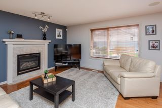 Photo 3: 37 HIGHGROVE Crescent: Sherwood Park House for sale : MLS®# E4265707