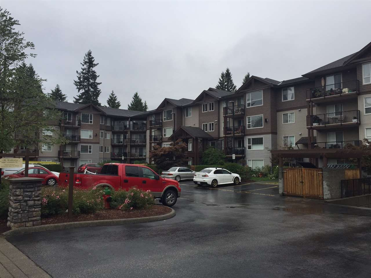 Main Photo: 113 2581 LANGDON STREET in Abbotsford: Abbotsford West Condo for sale : MLS®# R2207307
