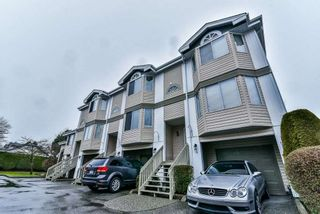 """Photo 2: 47 7875 122 Street in Surrey: West Newton Townhouse for sale in """"The Georgian"""" : MLS®# R2234862"""