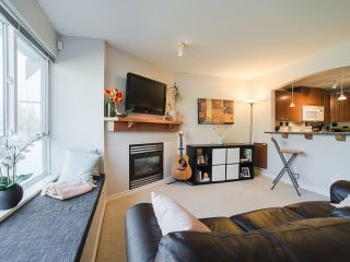 Photo 7: 6788 BERESFORD Street in Burnaby: Highgate Townhouse for sale (Burnaby South)  : MLS®# R2053840