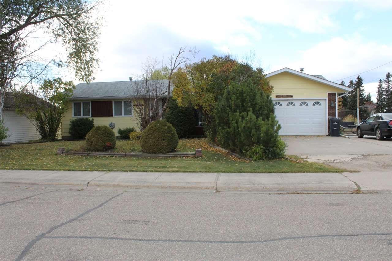 Main Photo: 5004 59 Street: Cold Lake House for sale : MLS®# E4240697