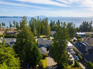 Photo 38: 13419 MARINE Drive in Surrey: Crescent Bch Ocean Pk. House for sale (South Surrey White Rock)  : MLS®# R2492166